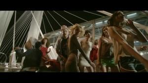 Shift feat. Marius Moga – Sus pe toc (Official Video)