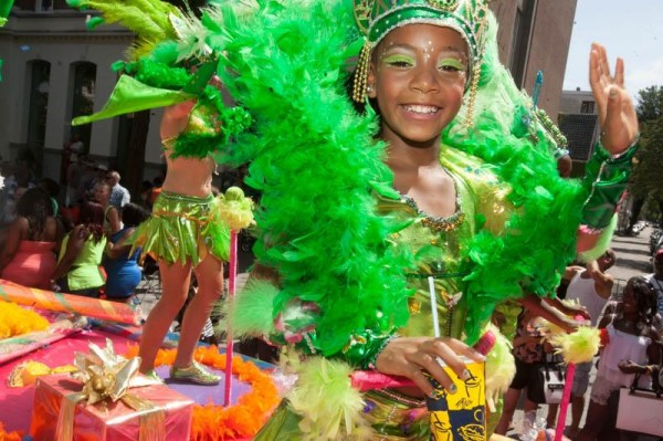 Straatparade Zomercarnaval feestelijk verlopen