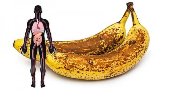 Dit is wat er met je gebeurt als je 2 gevlekte bananen per dag eet en dat een maand lang